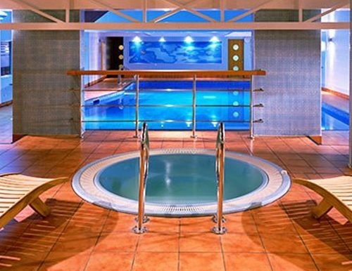 A spa as part of a fundraising auction